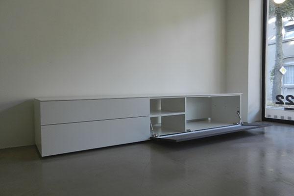 Boekenkastfabriek outlet aanbiedingen for Kast voor tv
